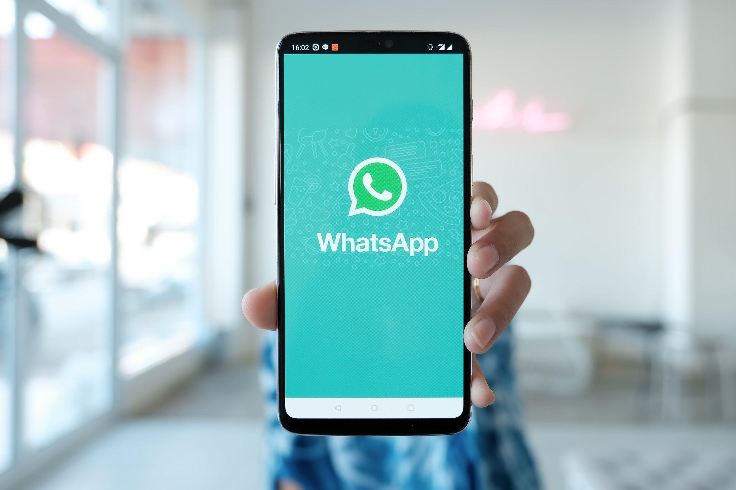 WhatsApp entra com ação contra empresas por envio de mensagens em massa