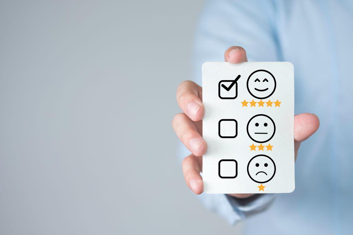 Quais são os pontos fortes e as fragilidades do feedback?