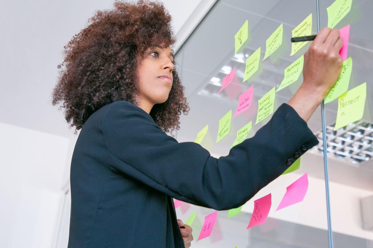 Ser produtivo não é trabalhar mais: a gestão do tempo ajuda a viver melhor