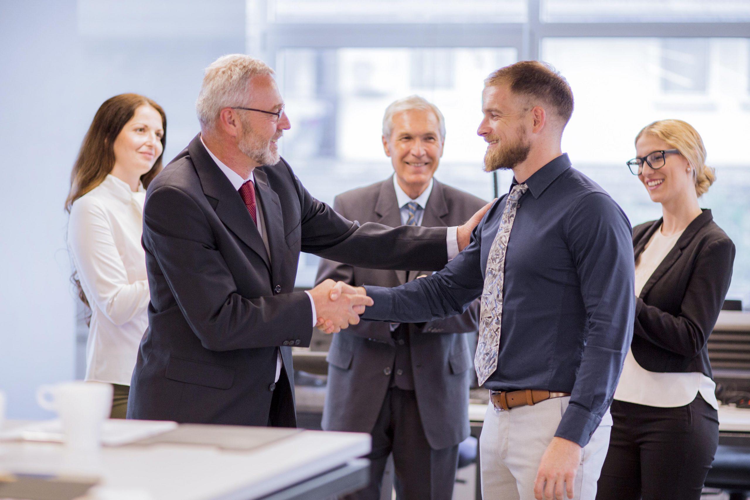 Como ser promovido no trabalho: 12 dicas fundamentais para impulsionar sua carreira